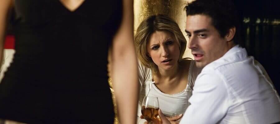 русский молодой красивый женатый парень изменил жене с соседкой пря