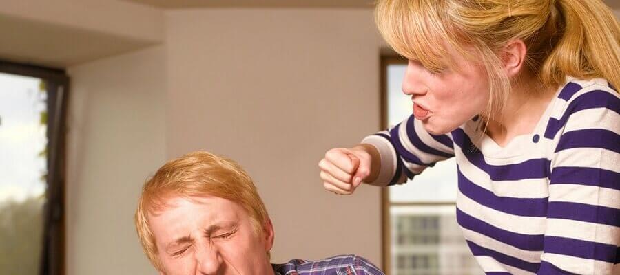 Жена бьет мужа что делать советы психолога